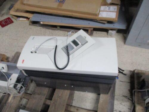 ABB ACH400 AC Drive ACH401607032 75HP 3Ph Used