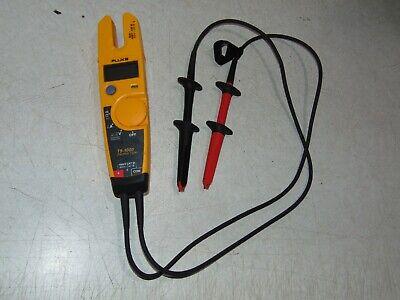 Fluke Digital Clamp Electrical Voltage Mulit Meter T5-1000 W Alligator Camps