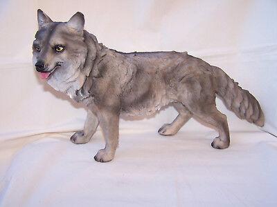 Wolf stehend  * 39 x 22 cm *