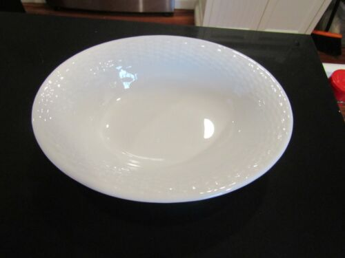 VERY LOVELY~91/2 INCH WEDGWOOD OVAL VEGGIE/SERVING DISH NANTUCKET