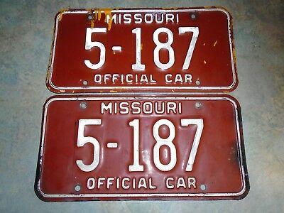 Vintage OFFICIAL CAR, 1980s Missouri License Plates pair 5-187