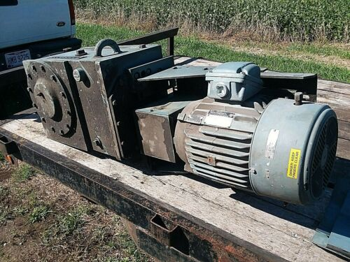 Philadelphia Mixer Motor Gear Reducer  20 hp       LA