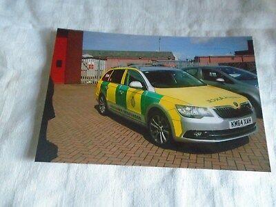 6x4 Photo-Yorkshire Ambulance Service Skoda Estate Rapid Response Car KN64 XAH
