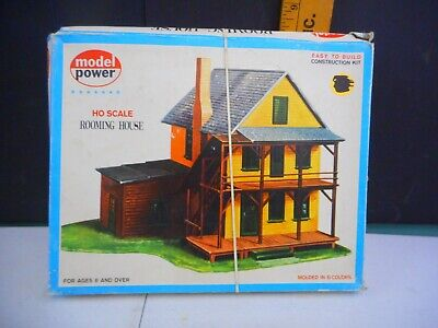 Model Power HO Scale Rooming House #426