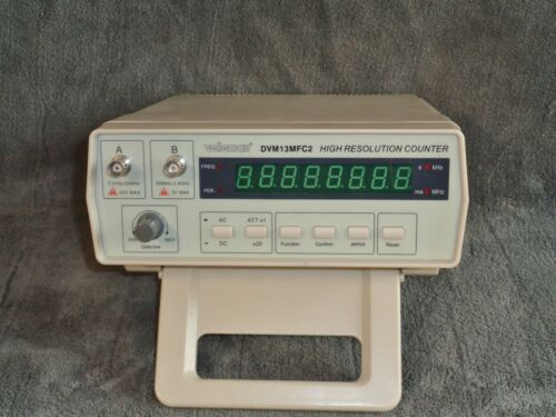 Velleman 2.4 GHz High Resolution Frequency Counter