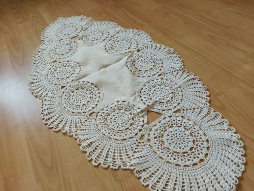 ANTIQUE Beautiful Vintage VICTORIAN Linen Tablecloth with Handmade Crochet Lace