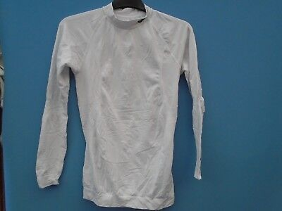 Brand New  Sunderland Base Layer-Size-XL/XXL-Colour-White-(Old Stock)