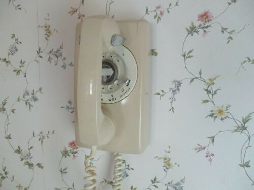 Vintage ITT White Wall Phone Rotary Dial, Nice! Works!