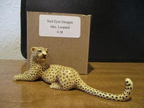 Harmony Kingdom Artist Neil Eyre Mrs. Leopard # 38 SGN