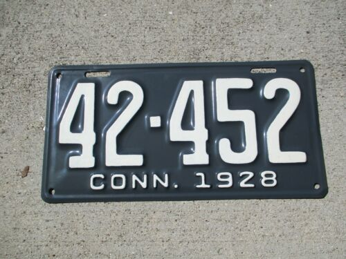 Connecticut 1928  license plate  #  42 - 452