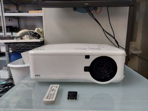 NEC NP4100W Projector w/ Remote 940 Lamp Hours