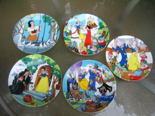 THE DISNEY COLLECTION SNOW WHITE AND THE SEVEN DWARFS ~ 1ST EDITION  5 PLATE SET