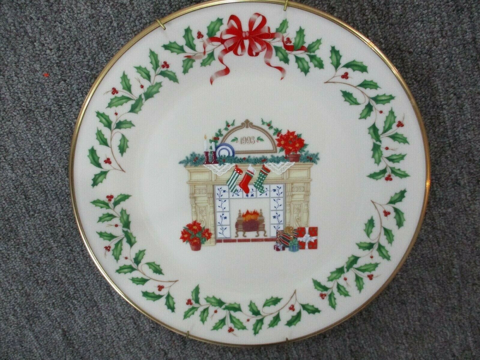 Lenox Annual Holiday Collectors Christmas Plate 1993
