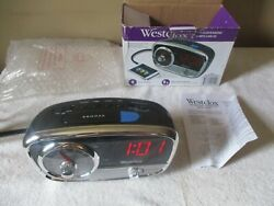 Retro Westclox 80193 Classic AM/FM Alarm Clock Radio With MP3 Line In 3.5mm