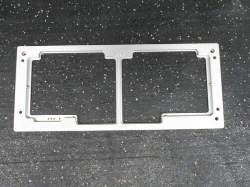 ESSEN BIOSCIENCE INCUCYTE MICROPLATE TRAY  FOR MICROPLATE CELL ANALYSIS
