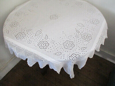 ANTIQUE TABLECLOTH  BRODERIE ANGLAISE HAND  EMBROIDERY CROCHET LACE BORDER 38