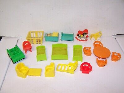 Fisher Price ACCESSORIES-952 HOUSE & NURSERY CHAIRS TABLES BEDS CRIB CAR CART