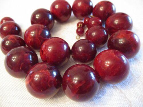 VERY LARGE Vintage DEEP CHERRY RED Marbleized BAKELITE Beaded BEAD NECKLACE