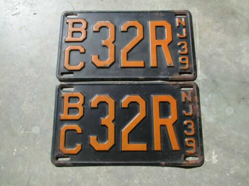New Jersey 1939 license plate  pair #   b/c  32 R