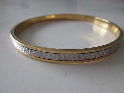 Vicenza Italian Silver Baguette Style Pave' Glitter Round Bangle Bracelet