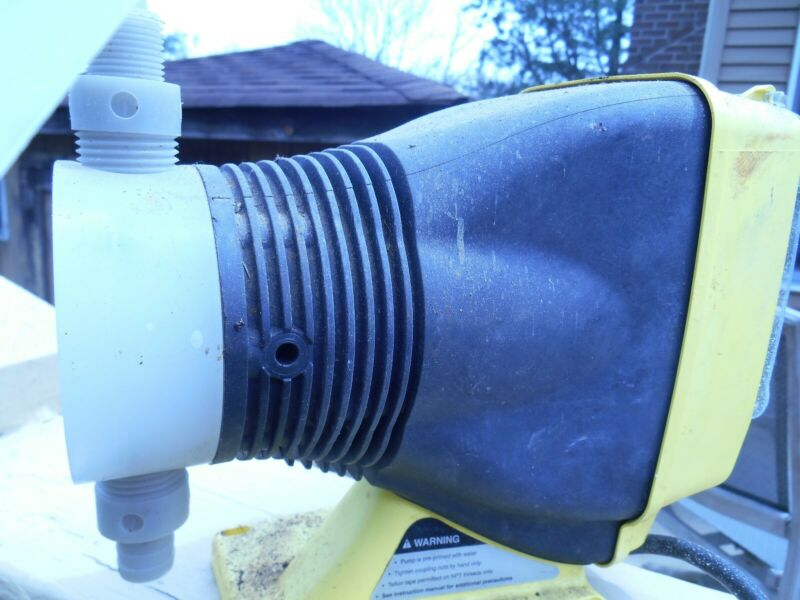 Electromagnetic dosing pumps Model AA141-155HV