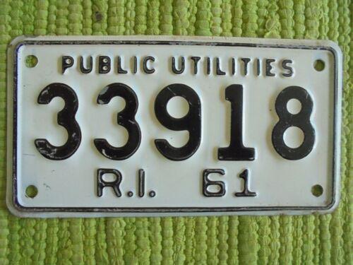 1961 Rhode Island PUBLIC UTILITIES License Plate 61 RI Tag 33918