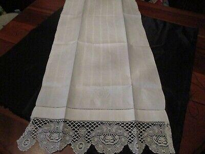 Vintage unused Pure Linen Damask Monogram Lace Guest Towel Damask Guest Towel