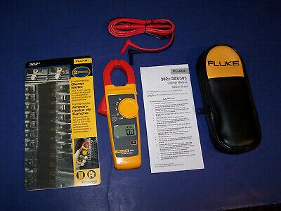 New Fluke 302 Cat Iii Digital Clamp Meter Tester Ac Dc Volt Amp Multimeter