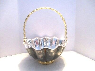 International Silver Silverplate Heavy Round Scallop Gold Rope Handled Basket
