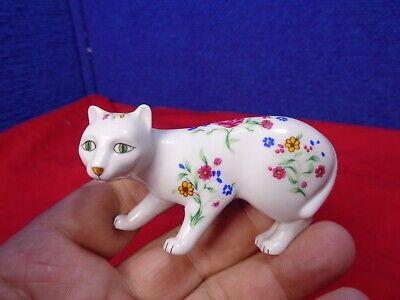~*~ESTATE FIND~*~  MINIATURE CAT FIGURINE. #1