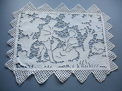 TABLE CENTREPIECE HAND  WORKED  ITALIAN CUTWORK  PICTORIAL LACE