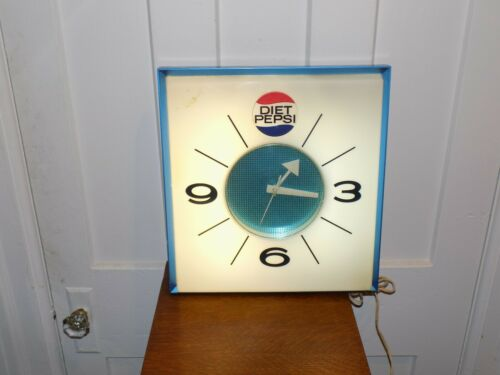Diet Pepsi Lighted Clock