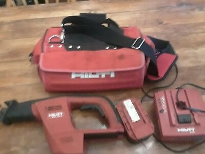 Hilti Wsr 650-a 24v Reciprocating Saw Package. Saw Battery Charger And Bag.