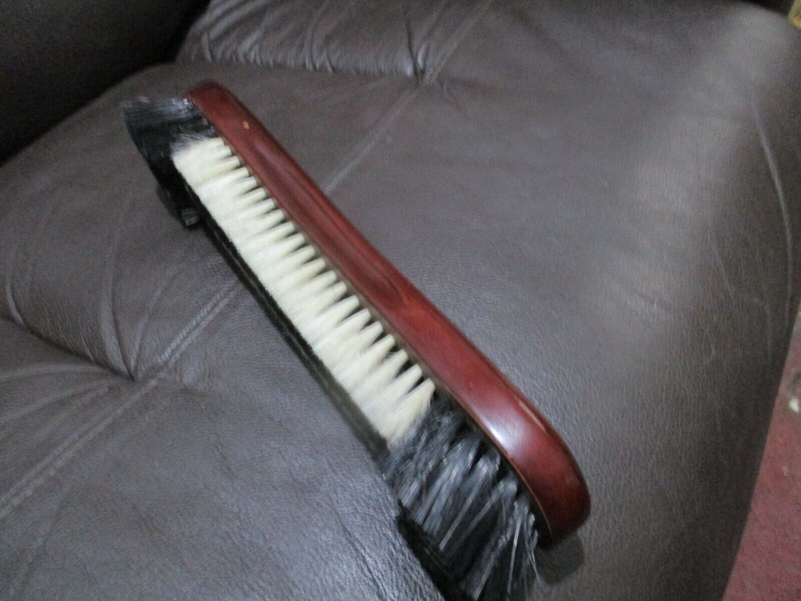 DELUX   12  INCH  MAHOGANY SNOOKER /POOL     TABLE  BRUSH   USED GOOD  CONDITION