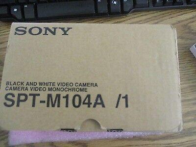 Schwarz Und Weiß-video-kamera (Sony Modell: Spt-m104a/1 Schwarz und Weiß Video Kamera. Neu aus Altem)