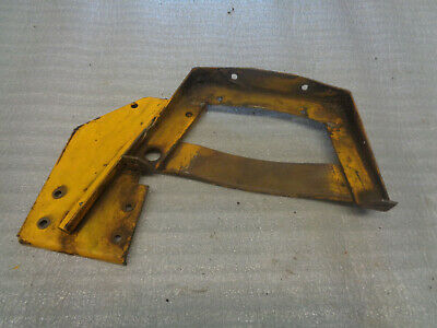 John Deere 440 Crawler Dozer. Front Fuel Tank Bracket Air Cleaner Bracket