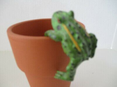 Collectible Frog Flower Pot Hanger, Small Green Frog