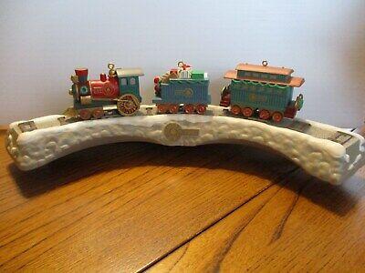 Vintage 1991 Hallmark Keepsake 3 Train Cars & Tressel Christmas Ornament Set