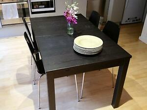 extendable dining table 4 dining chairs melbourne cbd melbourne city