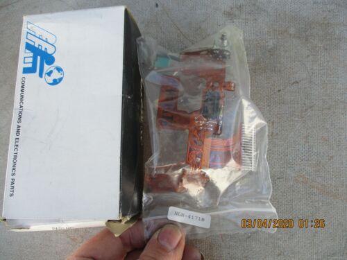 Motorola NLN4171B Radio Electrocnic Part New in Package