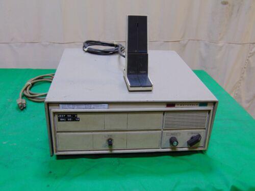 Motorola Base Station Transmitter Receiver w Base Microphone Mic Two Way Radio
