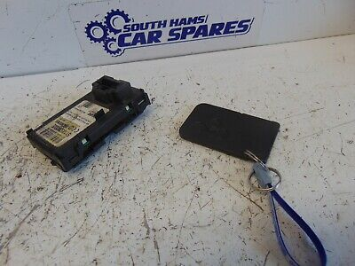 Renault Megane Mk2 02-08 Card Key And Card Reader 8200125077