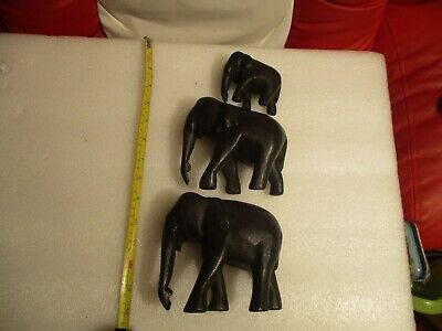 WOOD CARVING TRIO OF ELEPHANTS