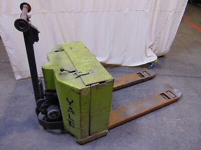 Yale Electric Pallet Jack Truck 24v Forklift Transporter