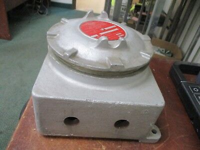 Crouse-hinds Explosion Proof Condulet Outlet Box Gub220 Used