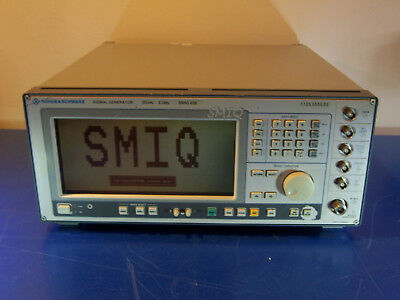 10533 Rohde Schwarz Rs Smiq 03b Signal Generator 300khz - 3.3ghz