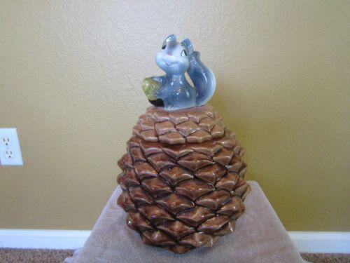 Vintage 1950's METLOX  Squirrel on Pinecone Cookie Jar - EXCELLENT CONDITION