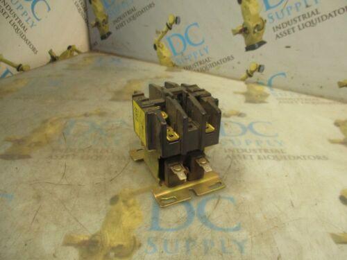 HARNISCHFEGER 479U71 ? 30 A 600 V 3 P MAGNETIC CONTACTOR