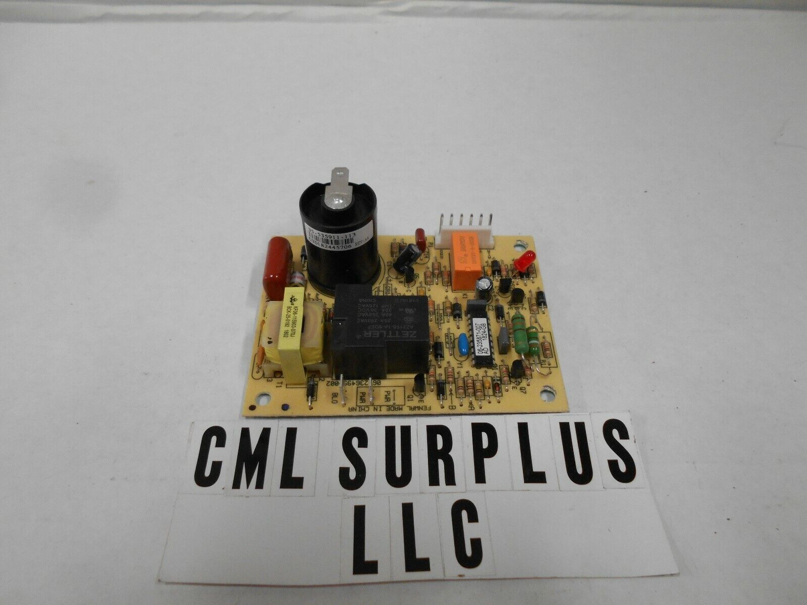*SUBURBAN FURNANCE CIRCUIT BOARD 521099 HEATER FAN CONTROL IGNITION 520820 *137*