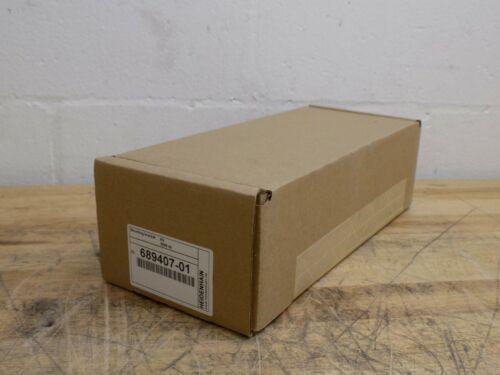 AcuRite Universal Longitudinal Mounting Bracket Kit 689407-01